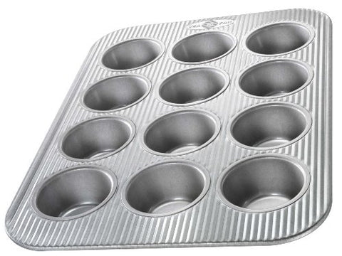 USA Pan Bakeware Cupcake and Muffin Pan, 12 Well, Nonstick & Quick Release Coating, Made in the USA from Aluminized Steel