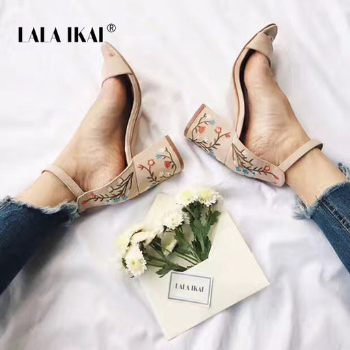 LALA IKAI Summer Floral Sandals Embroider Women Sandals Suede Retro High Heels 7.5 cm Square Heel Woman Wedding Shoe 014F1160 -4