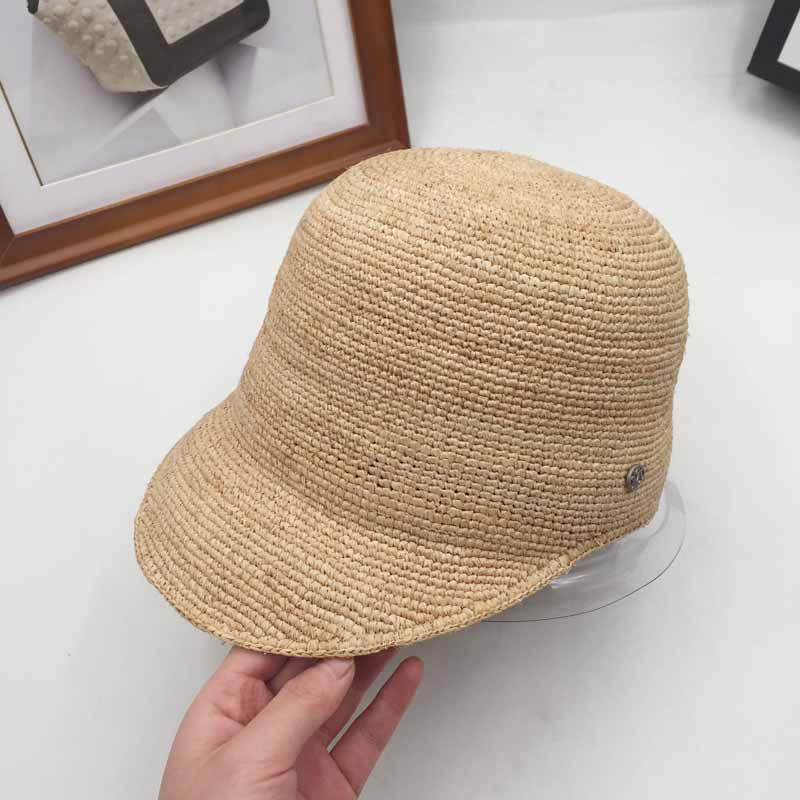 6cdab9ceda4 The new spring and summer baseball cap hat straw fashion travel all-match M  hat