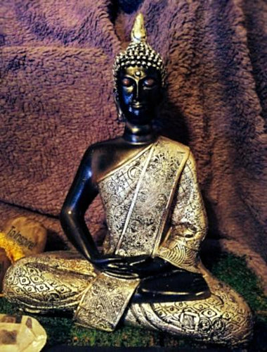 10 Meditating Resin Buddha Statue