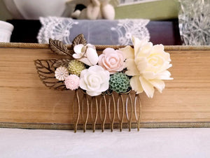 Creamy White and Sage Green Hair Comb