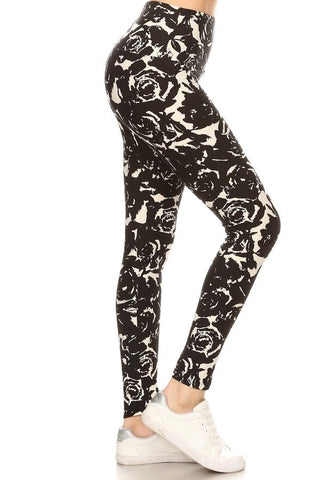 Plus Size B/W Floral Leggings