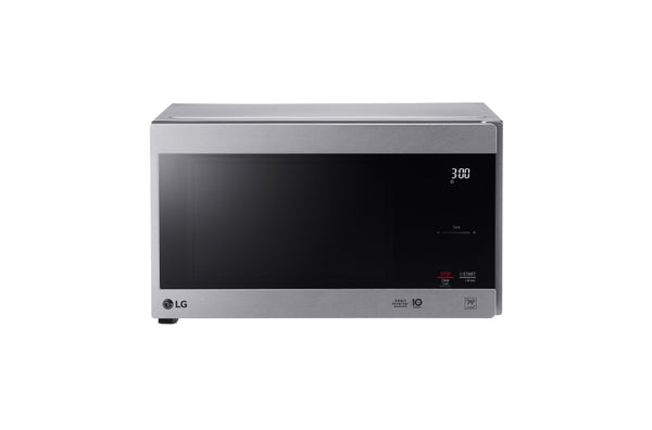 LG  NeoChef™ Countertop Microwave with Smart Inverter and EasyClean® 0.9 cu.ft.