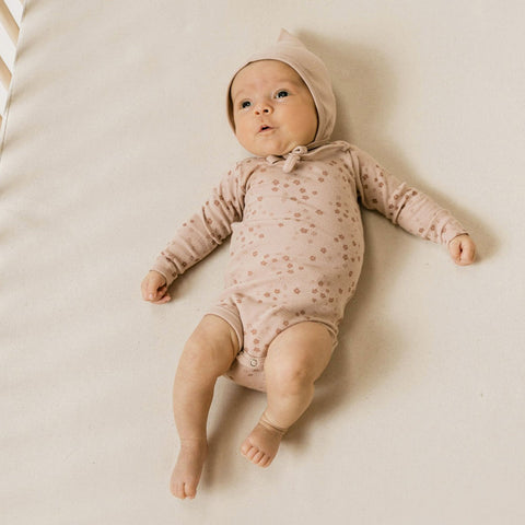 Quincy Mae Ribbed Longsleeve Onesie - Rose