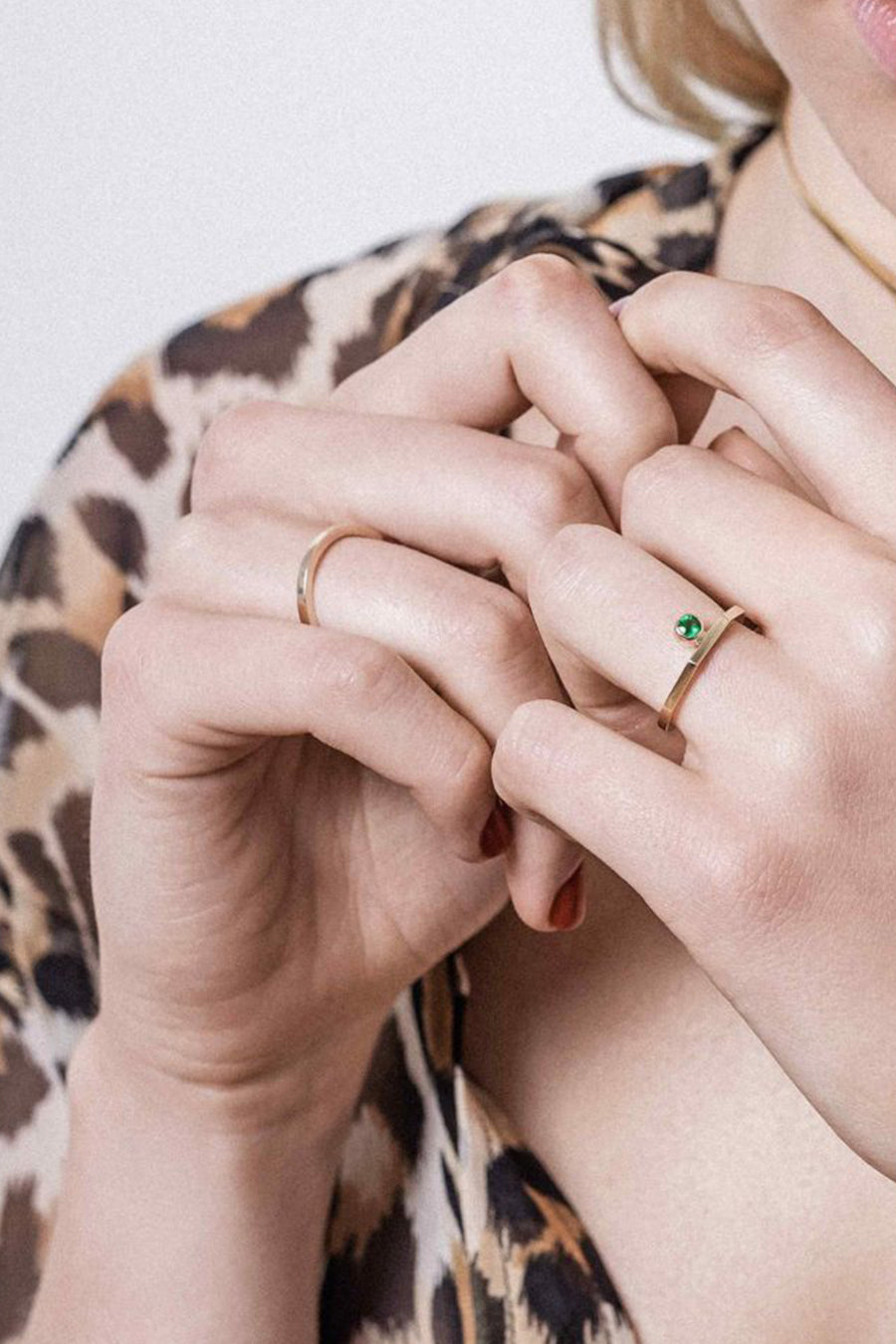 El Ring with Emerald | 9K Yellow Gold