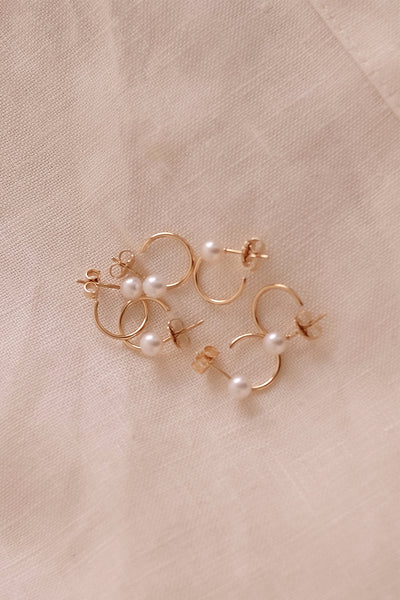 Mini Lara Hoops with Pearl | 9K Yellow Gold
