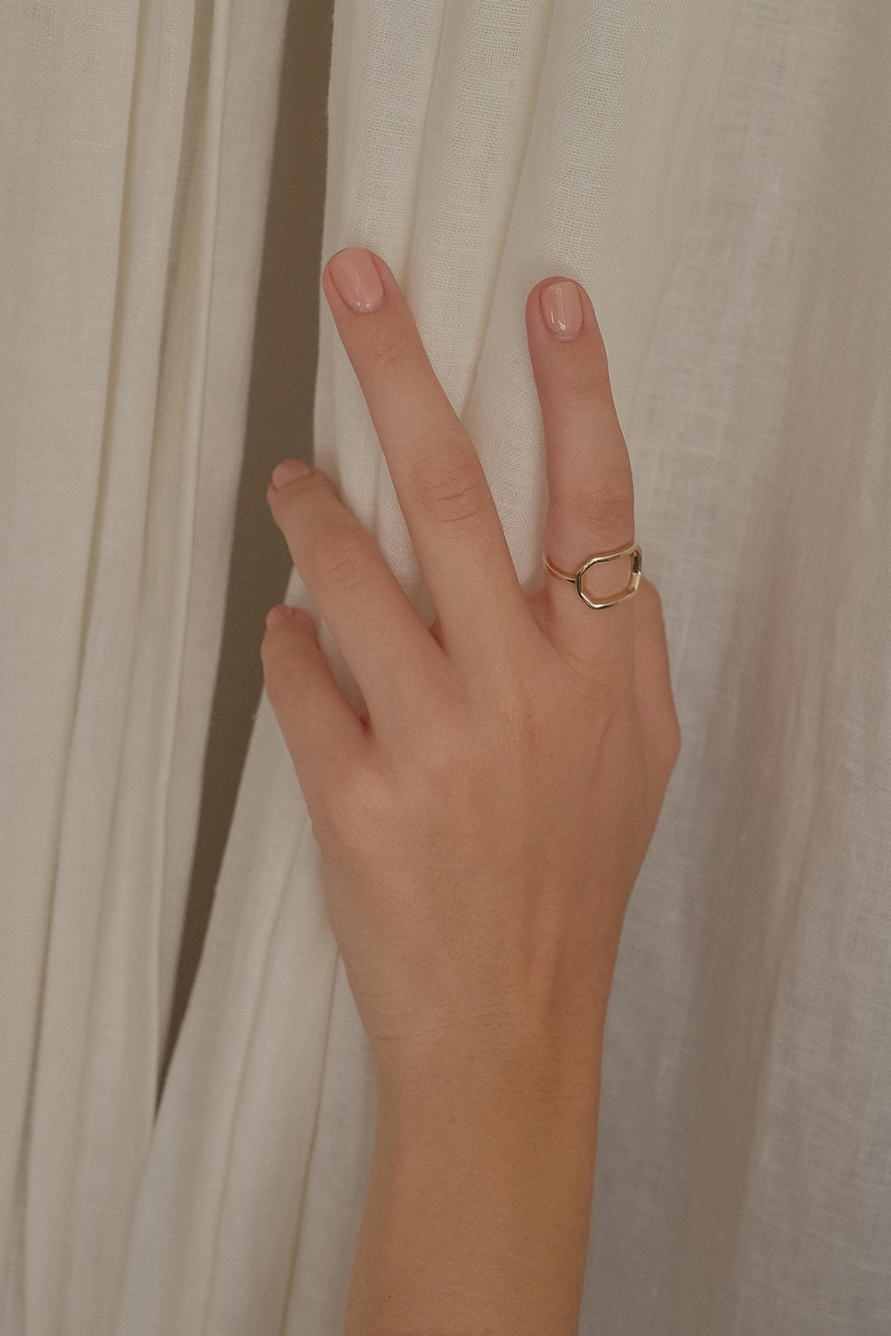 Odette Ring | 9K Yellow Gold