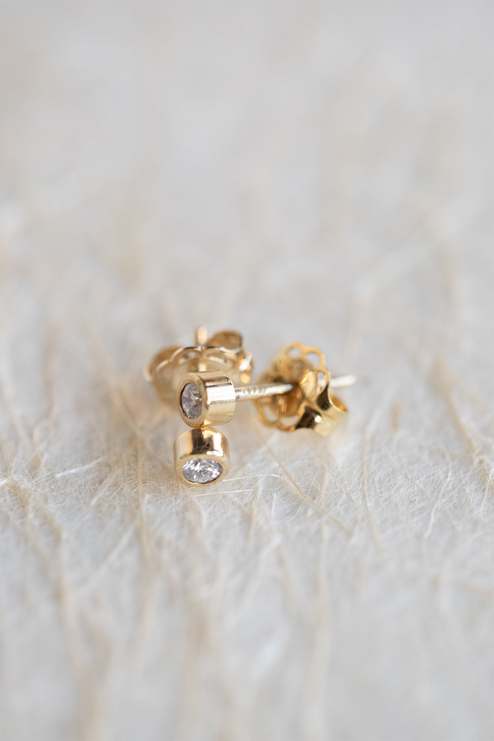 Round Diamond Studs | 9K Yellow Gold