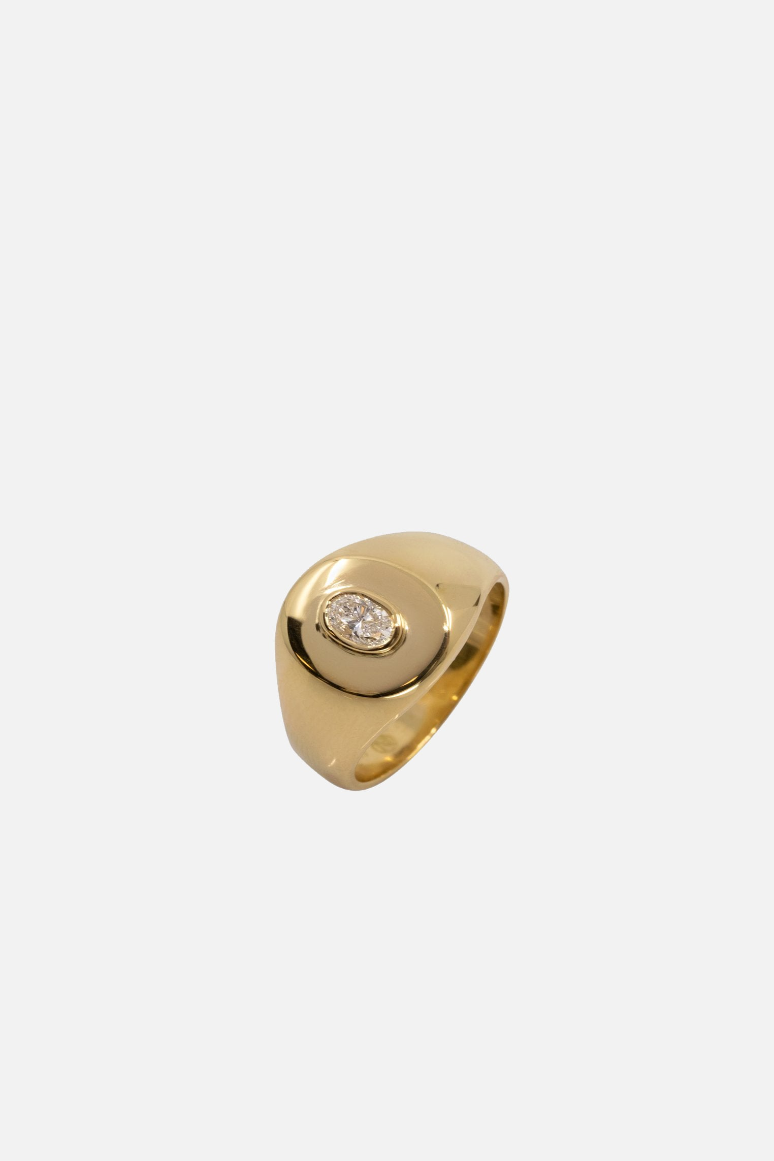 Oval Diamond Signet Ring | Yellow Gold