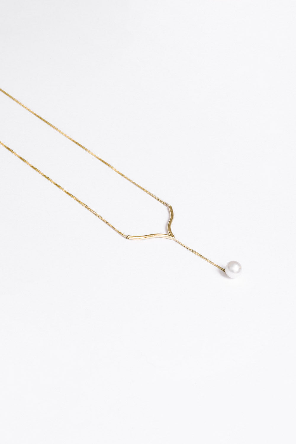 Delphine Necklace | 9K Yellow Gold