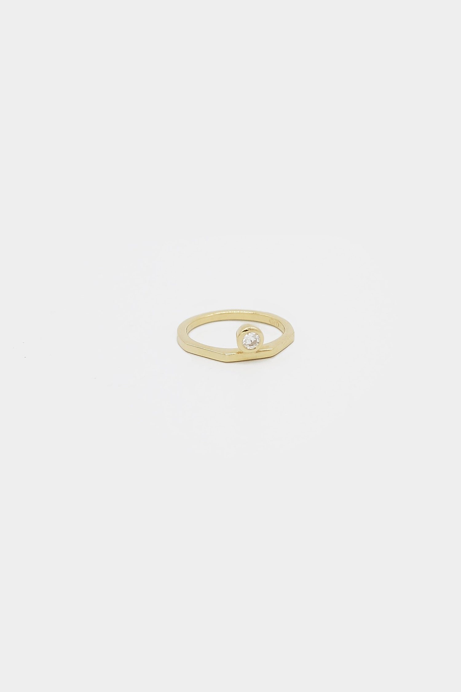 El Ring with Diamond | 9K Yellow Gold