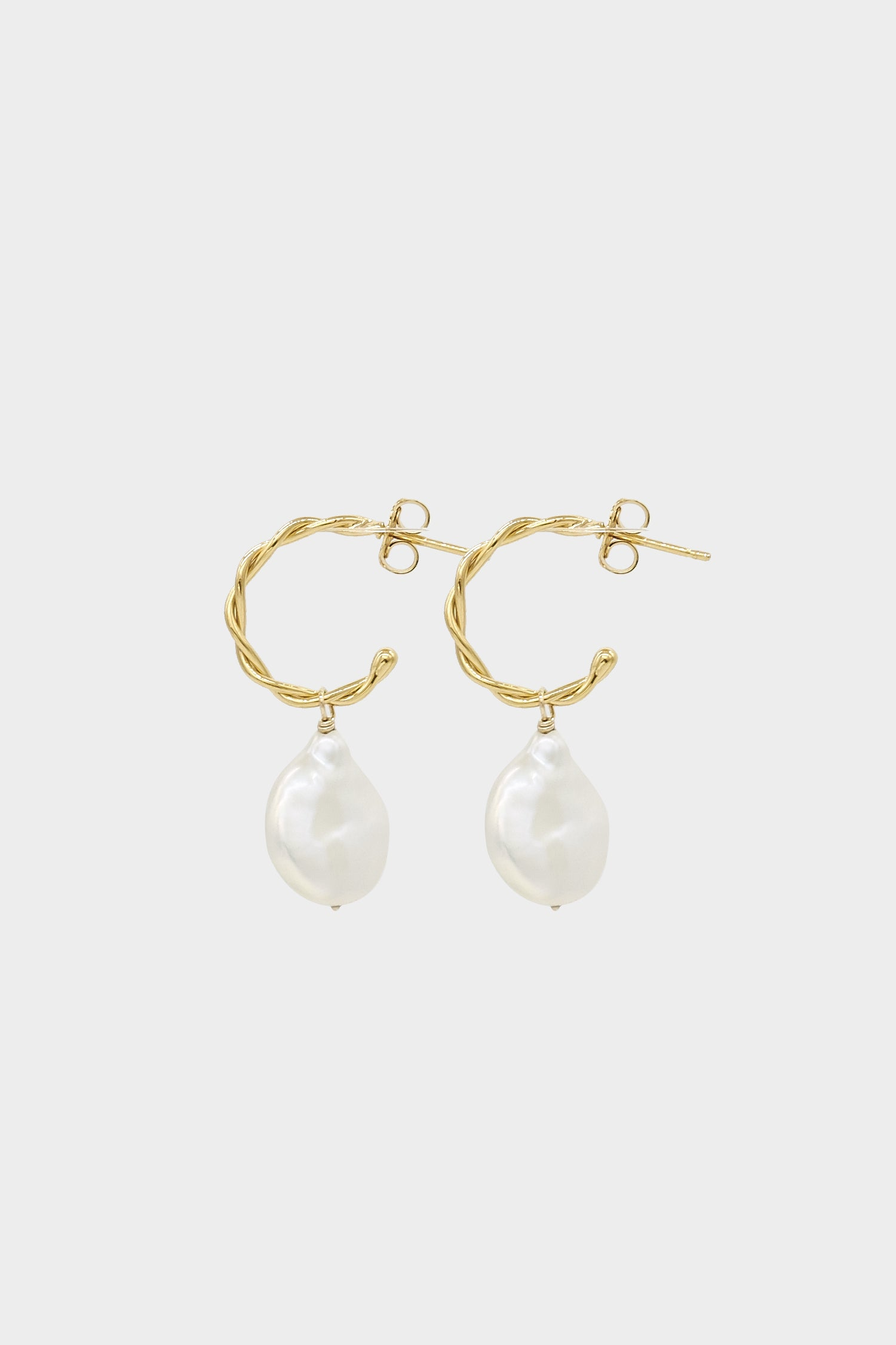 Helix Pearl Earrings Small | 9K Yellow Gold