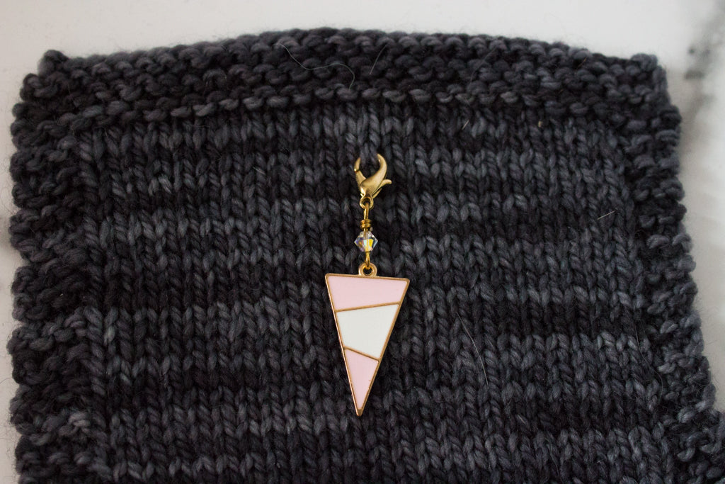 Deluxe Pink Mod Triangle Progress Marker