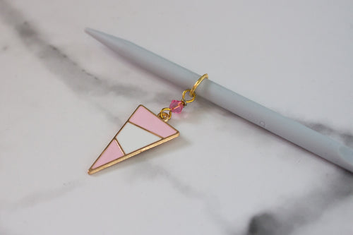 Deluxe Pink Mod Triangle Stitch Marker