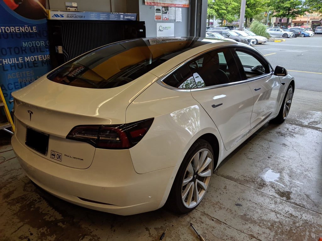 Tesla model 3 18% window tint