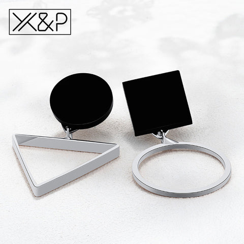 Image of Geometric Silver Dangle