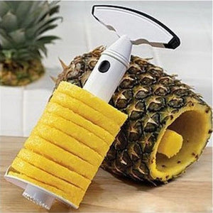 Innovative Pineapple Slicer / Corer