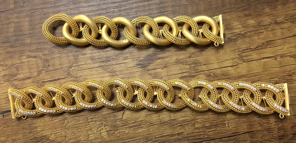 Gold bracelet printed with PowerCast Burn Resin