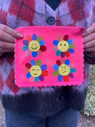 Flower Faces Pouch - Majestic Hudson Lifestyle Experiences