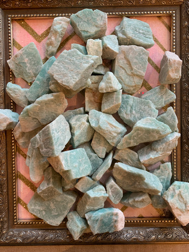 Amazonite - raw specimens - Majestic Hudson Lifestyle Experiences