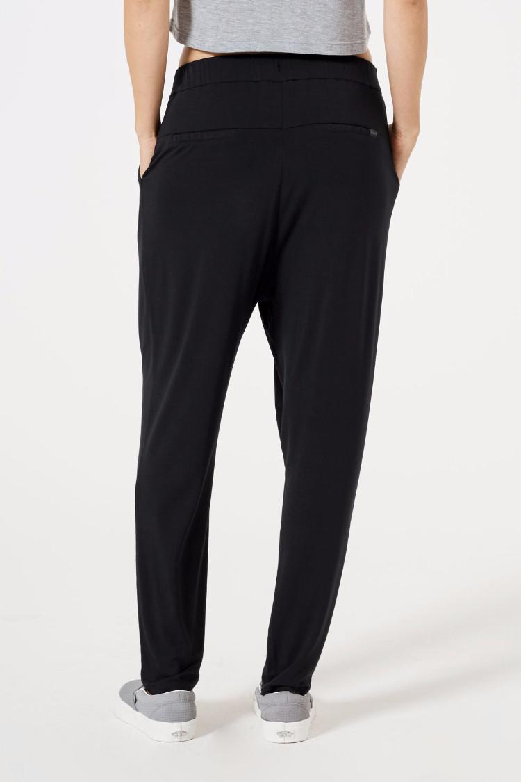 Control Twist Pleat Pant