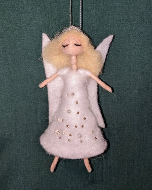 FELT ANGEL CHRISTMAS DECORATION