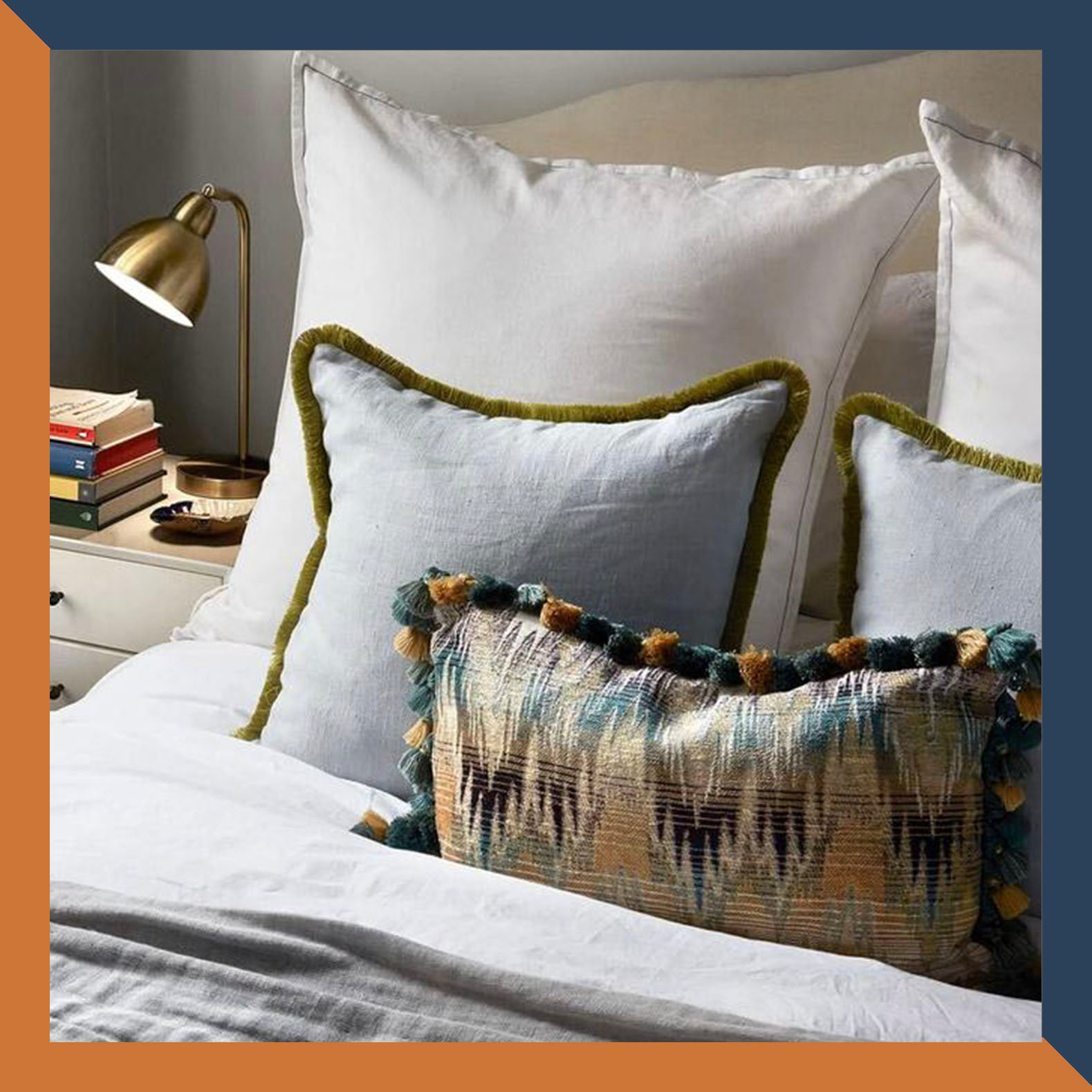 FRINGE LINEN 'DOVE' CUSHION