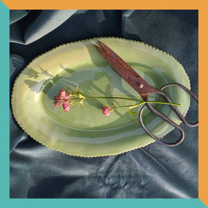 OVAL SCALLOP SERVING PLATTER - MINT
