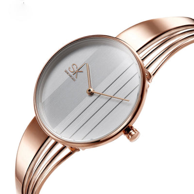 Gold-plated  Charm Ladies Wristwatch Bracelet Quartz  Montre Femme Relogio