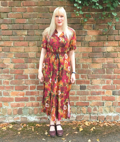 7ec1b20e8b I love the midi length of the shirt dress as it makes it a great option for  Summer but also the colder months