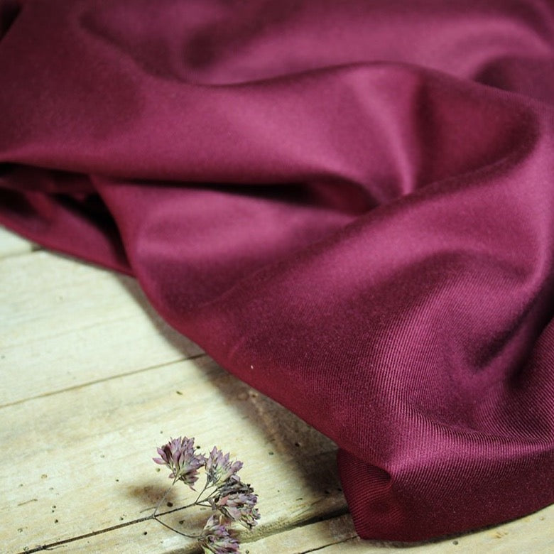 Églantine & Zoé - Solid Mulberry Viscose Twill Fabric