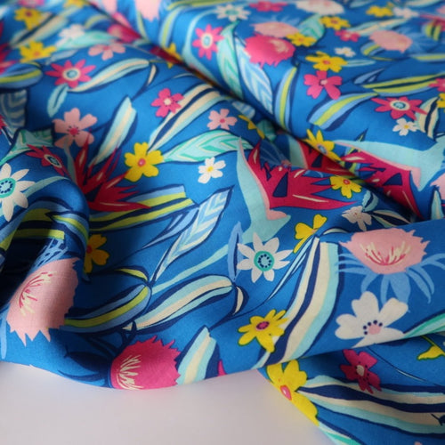 Art Gallery Fabrics - Tropic Like Its Hot in Rayon / Viscose from Hello Sunshine