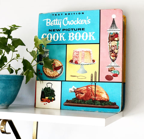 Betty Crocker First Edition Color Cookbook