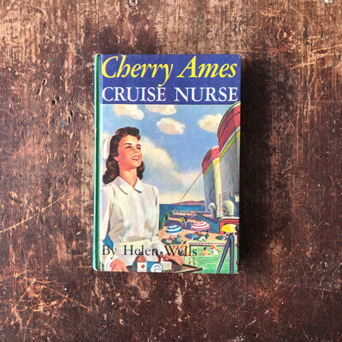 Cherry Ames Cruise Nurse by Helen Wells
