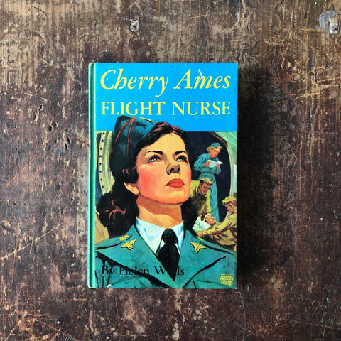 Cherry Ames Flight Nurse by Helen Wells