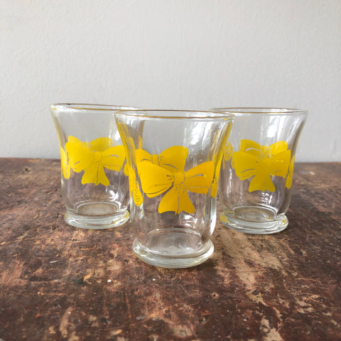 Set of 3 Vintage Yellow Bows & Buttons Juice Glasses