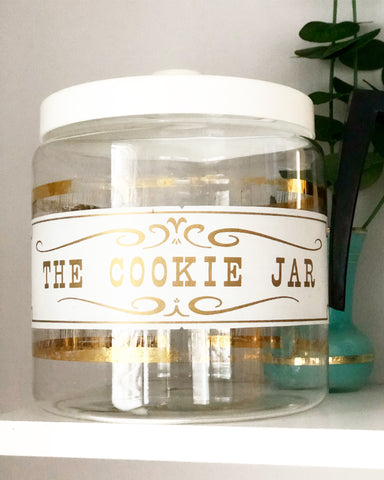 Vintage Pyrex Cookie Jar