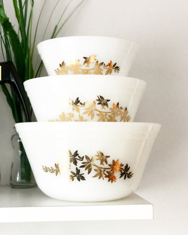 Set of 3 Small Federal Milk Glass Golden Glory Nesting Bowls