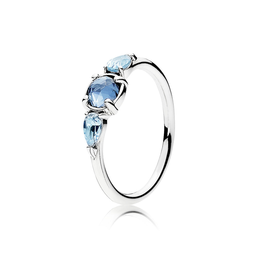 Ring Patterns of Frost with Moonlight Blue Sky-Blue Crystal by Pandora.