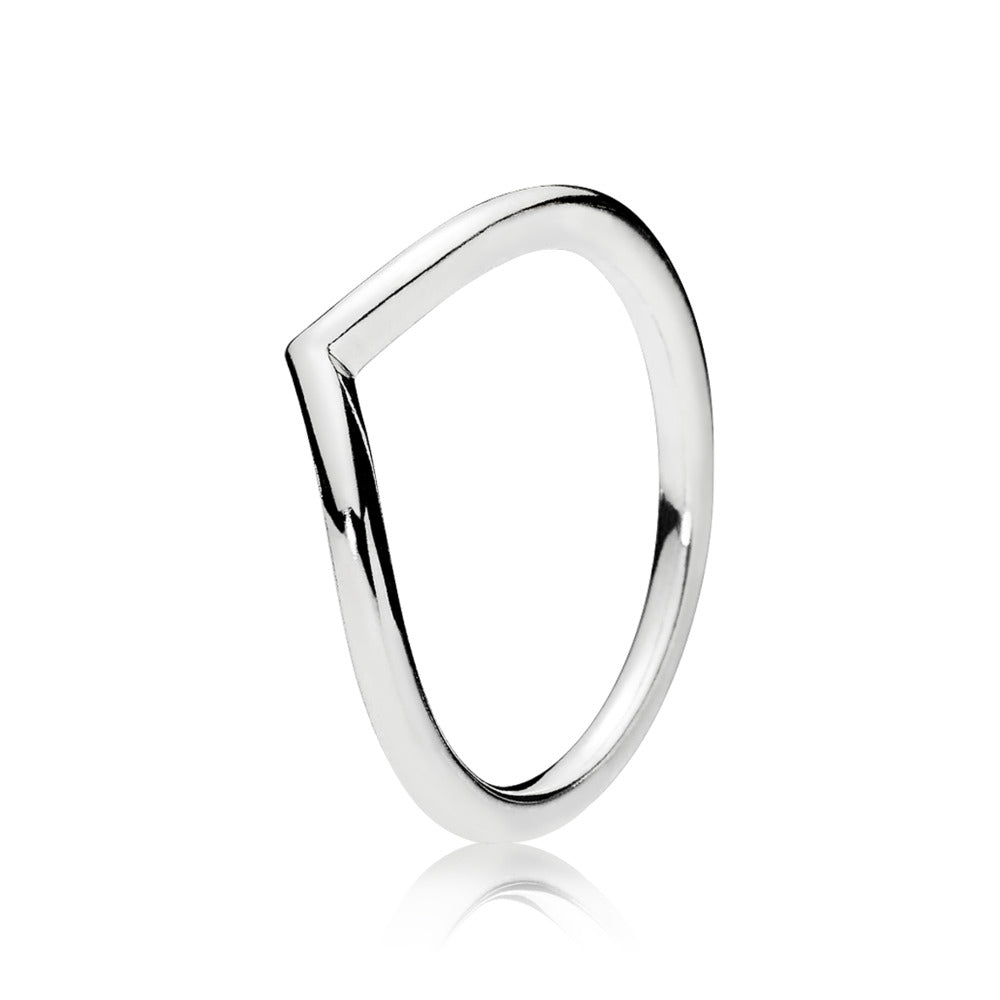 A wishbone pandora ring without CZ's