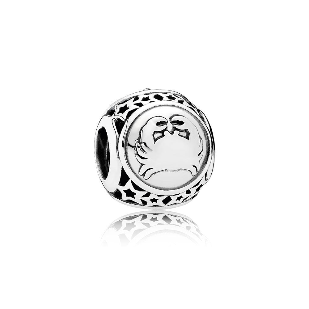 A Cancer astrology charm by Pandora.