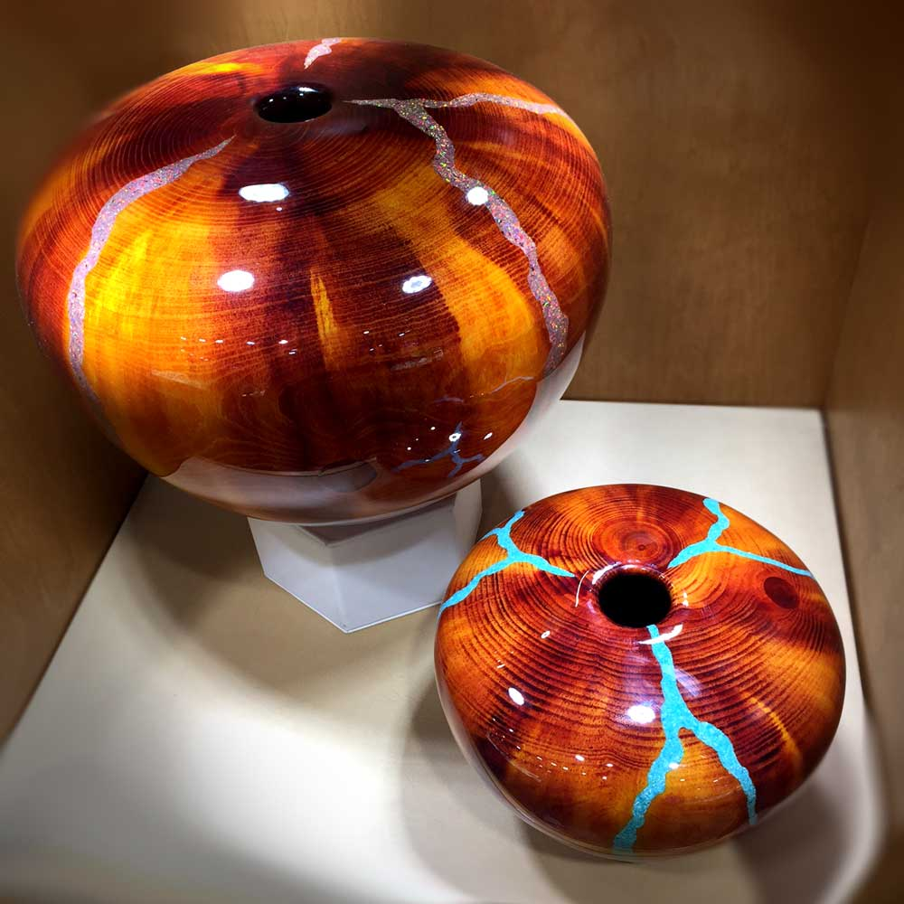 Robert Cherry Beautiful Wooden Vessels Warm Tones With Inlay