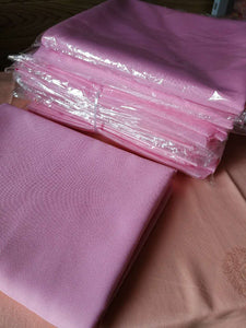 Nappe rose 100% polyester (130 x 180 cm)