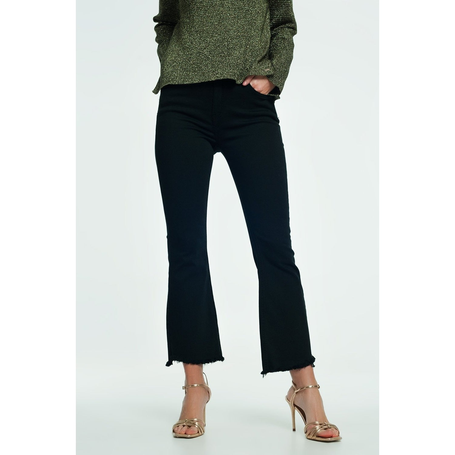 High Rise Raw Hem Flared Jeans in Black - Miraposa