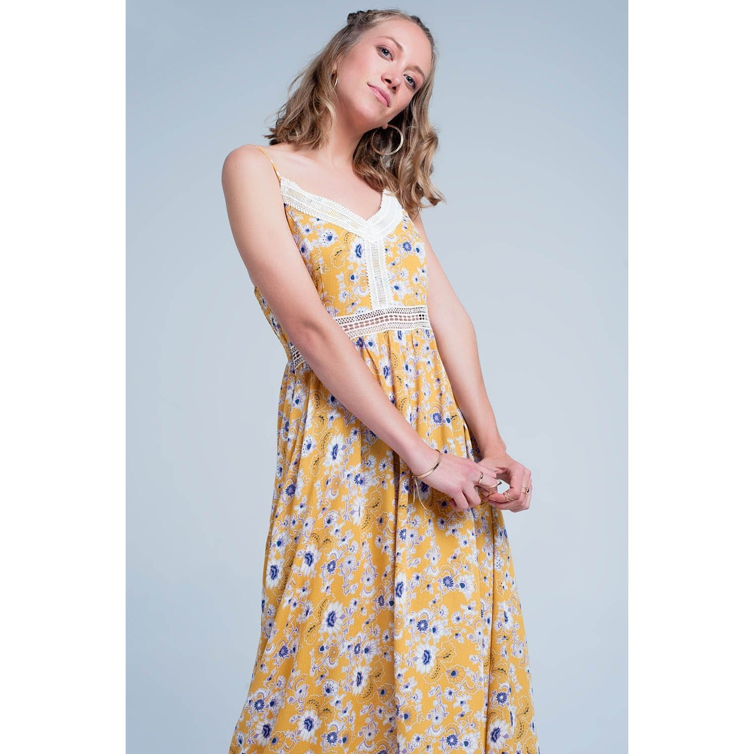 Yellow Dress With Flower Print and Crochet Cut - Miraposa