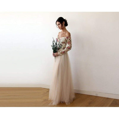 Off-Shoulder Floral Tulle Dress With A Slit - Miraposa