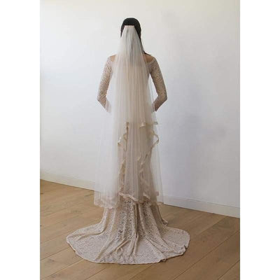 Wedding Veil Short Length - Tulle Veil With Lace Trim - Miraposa