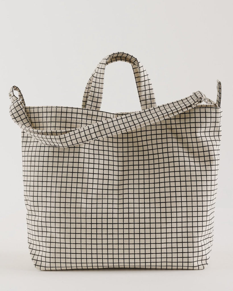 Baggu Horizontal Duck Bag in Natural Grid