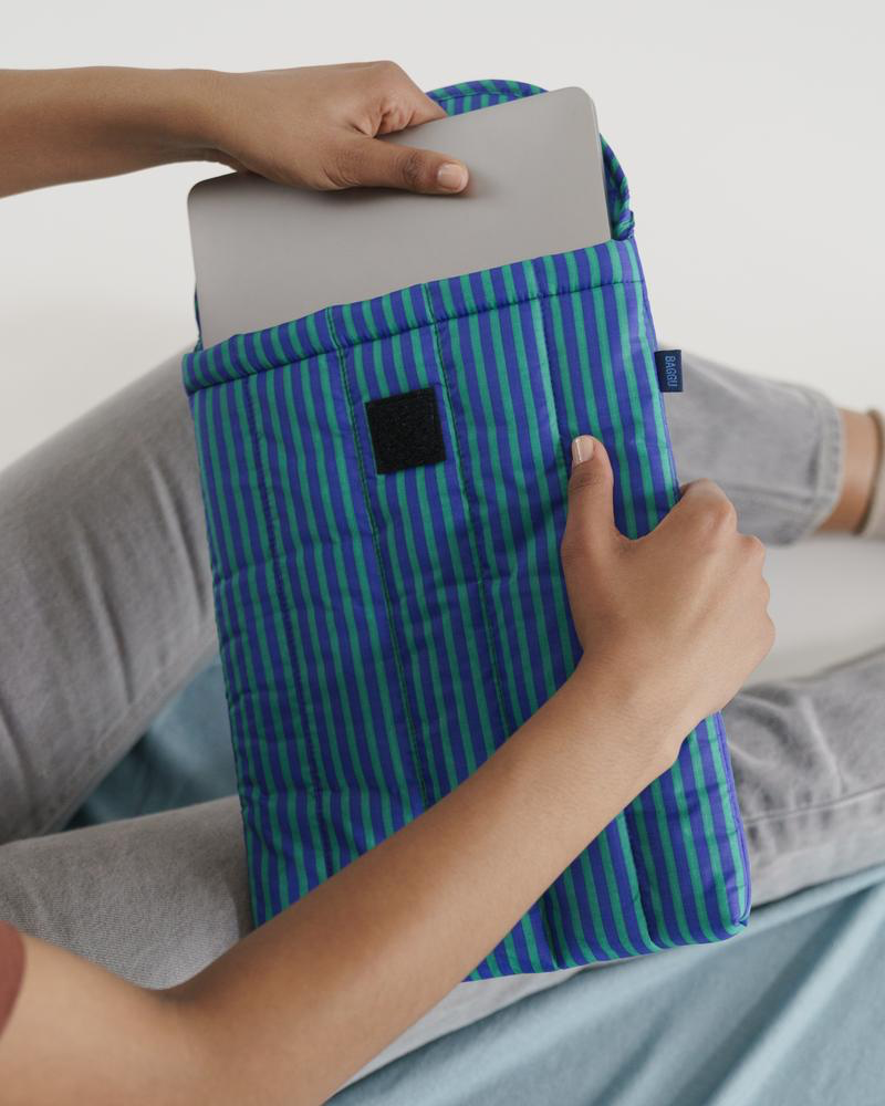 "Baggu Puffy Laptop Sleeve 13"" in Cobalt and Jade Stripe"