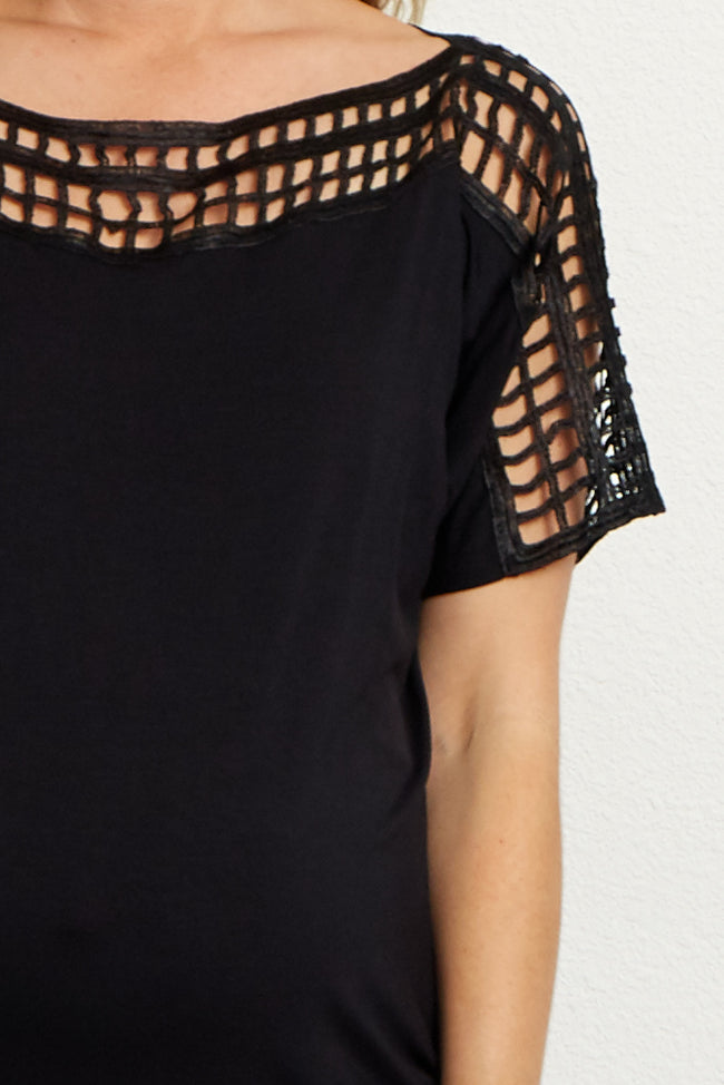 Black Square Cutout Accent Maternity Top